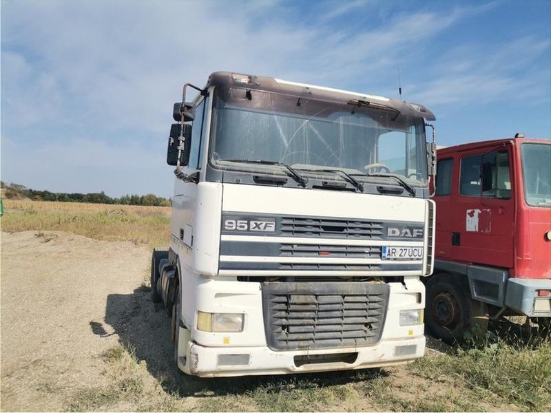Cap tractor - 1/3
