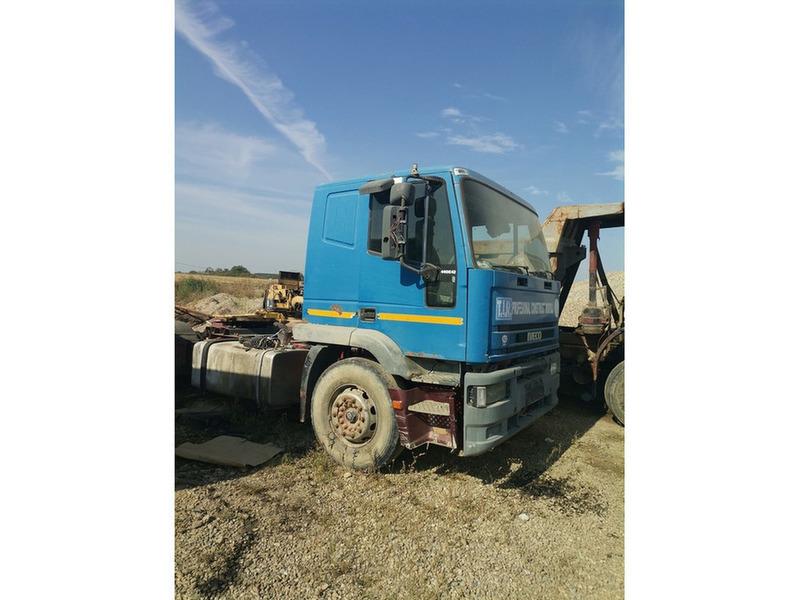 Cap tractor Iveco - 1/4