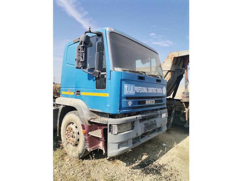 Cap tractor Iveco - 2/4